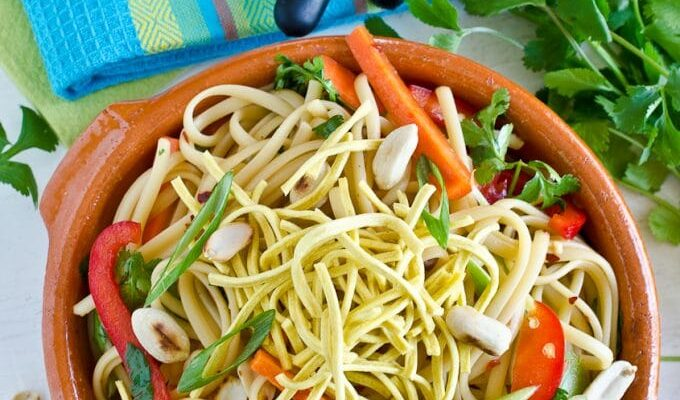 Healthy Asian Noodle Salad | theendlessmeal.com