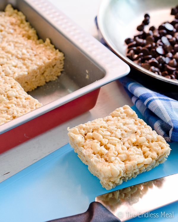 Peanut Butter Rice Crispy Treats {gluten free and can be made vegan}