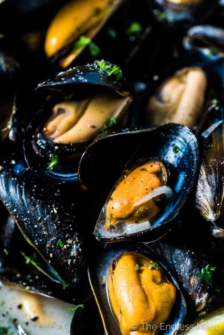 A close up of this French mussels recipe.