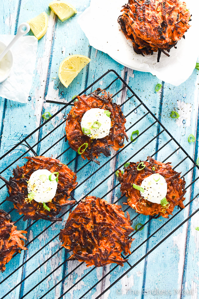 ??? Pan-Fried Green Onion and Sweet Potato Fritters | these quick and easy to make fritters are incredibly delicious | theendlessmeal.com