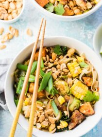 This delicious Autumn Pad Thai marries our favorite take-out Thai recipe with the best seasonal fall vegetables like sweet potatoes, corn, kale, and even brussels sprouts. It's an easy to make and healthy dinner recipe that everyone will LOVE! | theendlessmeal.com