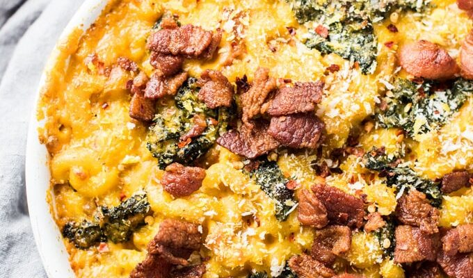 This delicious Pumpkin Mac and Cheese recipe got a little bit of a makeover. It's loaded with healthy pumpkin and kale but is still the creamy and delicious carbs you love.   theendlessmeal.com