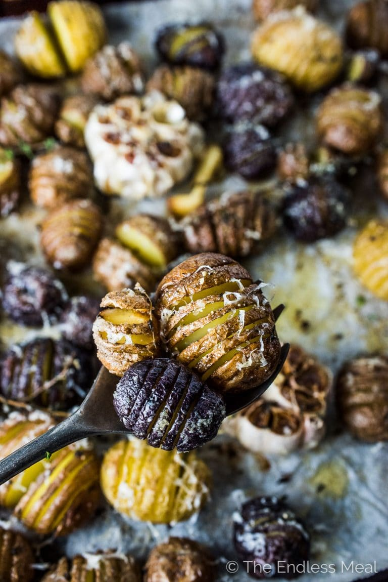 Mini Hasselback Potatoes With Roasted Garlic The Endless