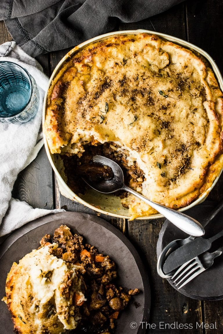 Love shepherd's pie? Me too! Especially this Mushroom Shepherd's Pie. It's full of mushrooms and your choice of ground meat (or vegetarian sub!) and topped with the most delicious brown butter potatoes. It's a healthy dinner recipe that is sure to please. | theendlessmeal.com | #shepherds #whole30 #mushrooms #dinnerrecipes