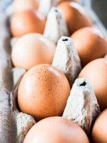 BC Eggs - happy chickens + healthy eggs = delicious. | theendlessmeal.com | #bceggs #bcegg #eggs