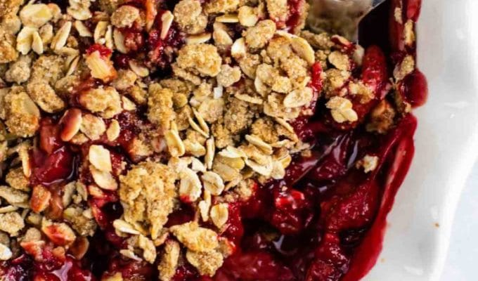Strawberry Crisp Recipe by Build Your Bite | The 15 Best Vegan Summer Desserts